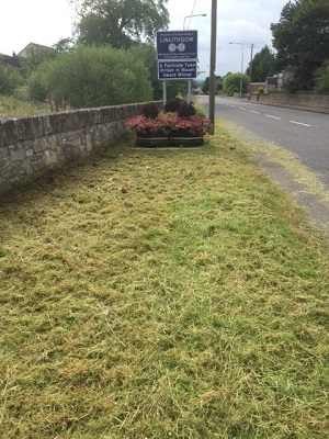 Edinburgh Road entrance after volunteers have tackled the weeds